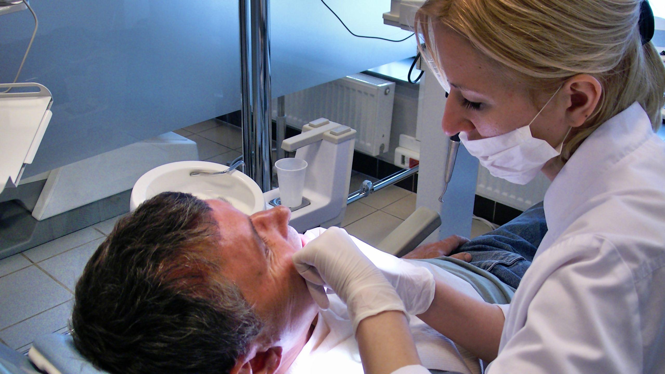 tandlægepriser polen